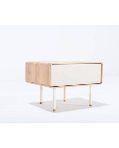 Biely nočný stolík z dubového dreva Gazzda Fina